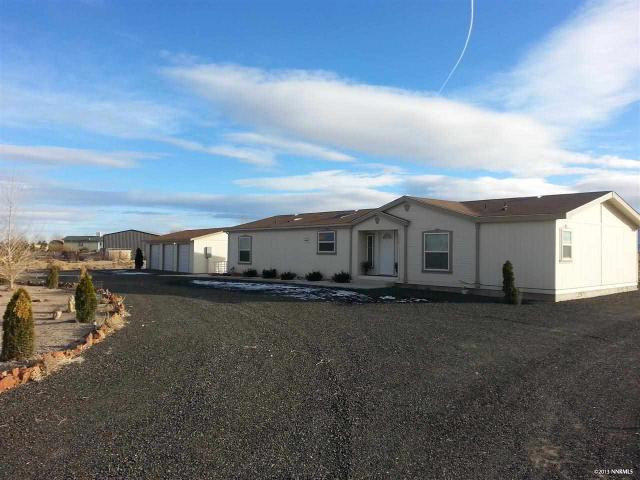 3255 E 4th St, Silver Springs, NV 89429