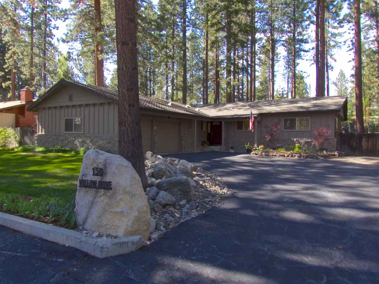 150 Willow Dr, Zephyr Cove, NV