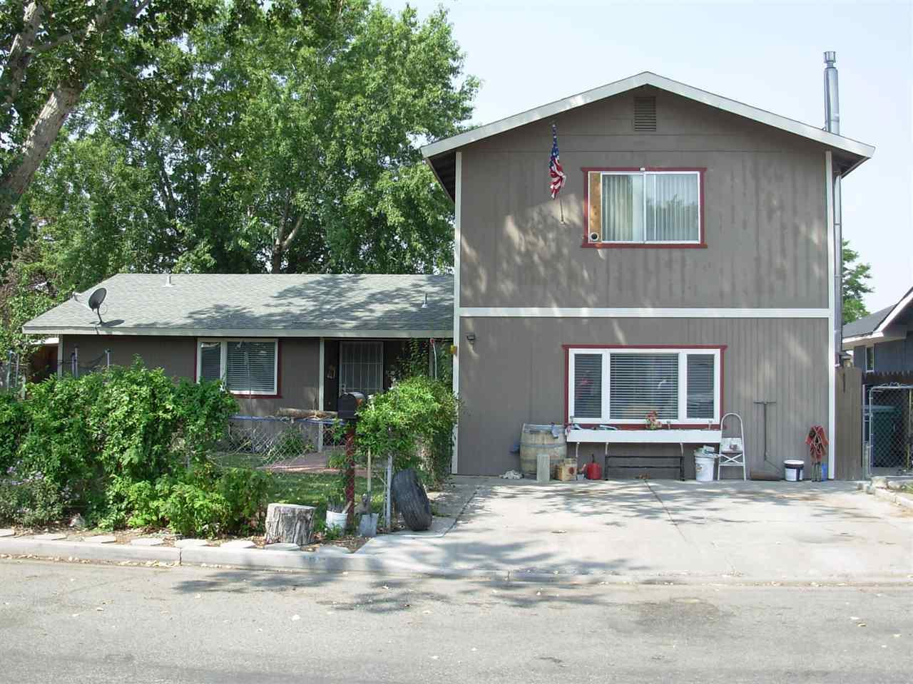 405 Helen Ave, Yerington, NV