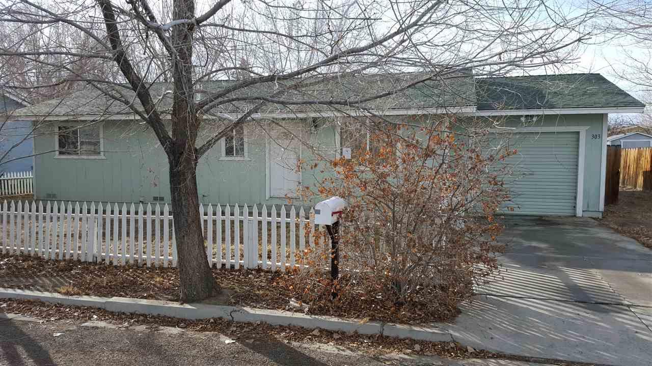 303 Charlotte Ave, Yerington, NV