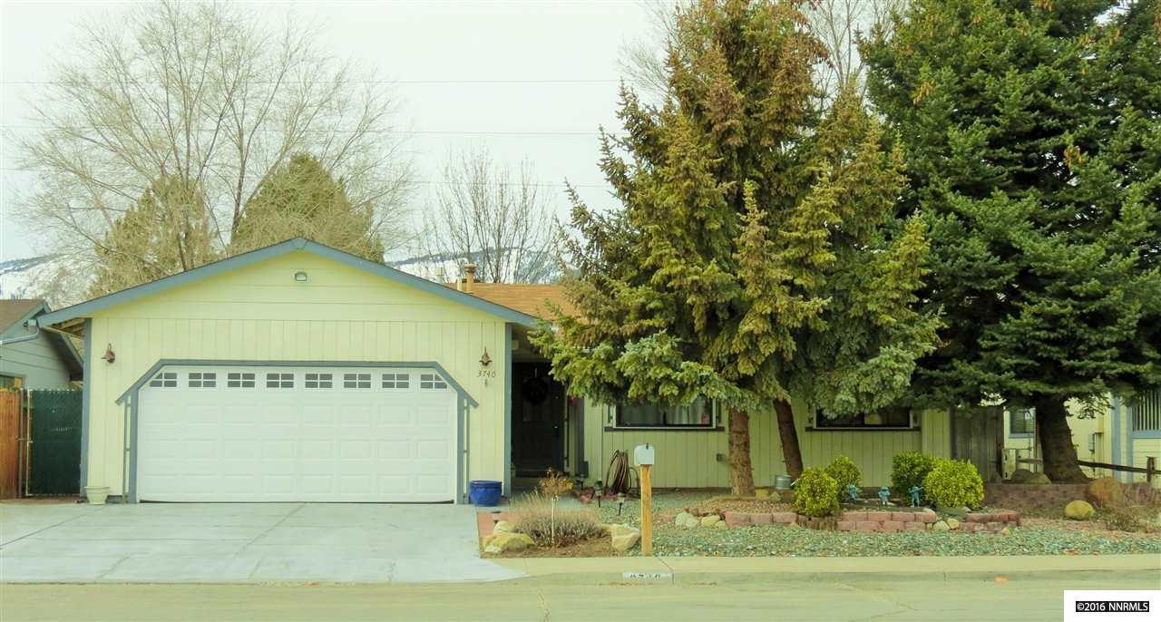 3740 Emerson Dr, Carson City, NV