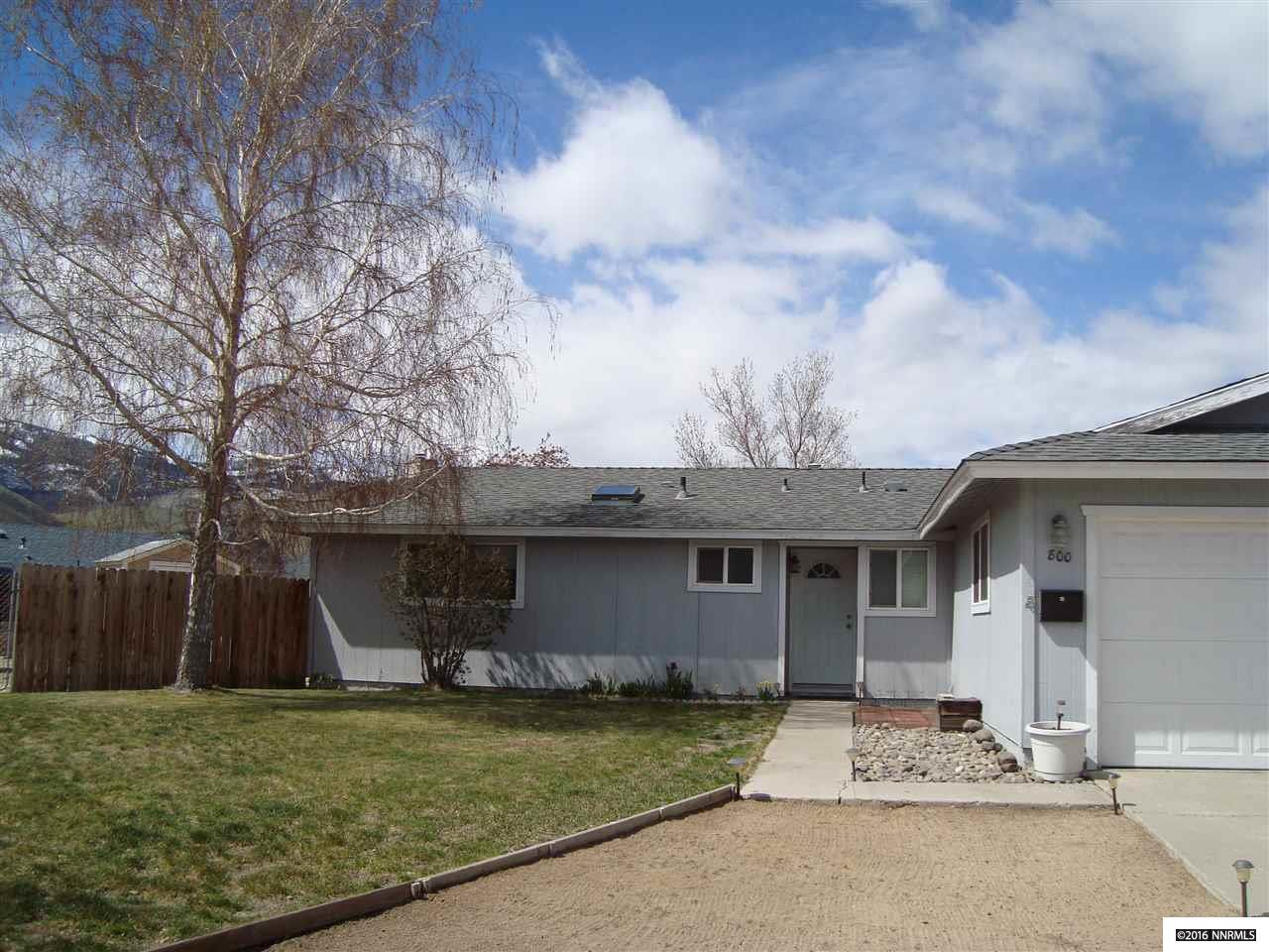 800 Armstrong Ln, Carson City, NV