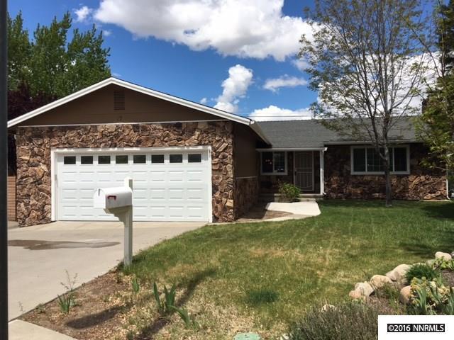 17 Arizona Cir, Carson City, NV