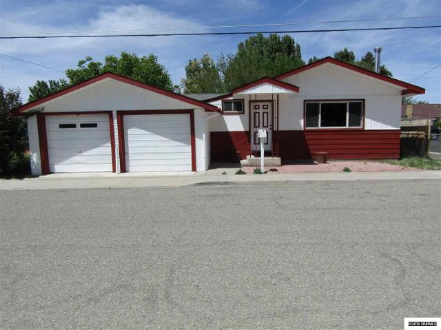 218 Virginia St, Yerington, NV