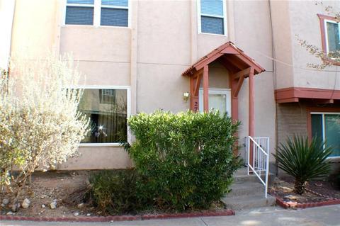 279 Maricopa Dr, El Paso, TX 79912