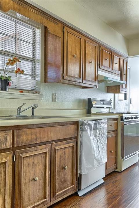B Z Design Home Part - 45: 10520 Candlewood Ave, El Paso, TX (15 Photos) MLS# 723960 - Movoto