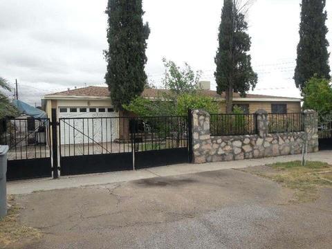 7971 Nabhan Dr, El Paso, TX 79915