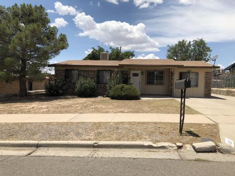1621 Gene Torres Dr, El Paso, TX 79936