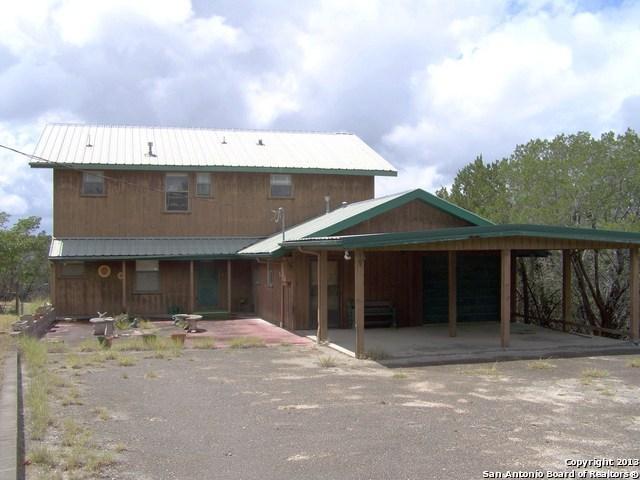 510 Woodland Rd, Ingram, TX 78025