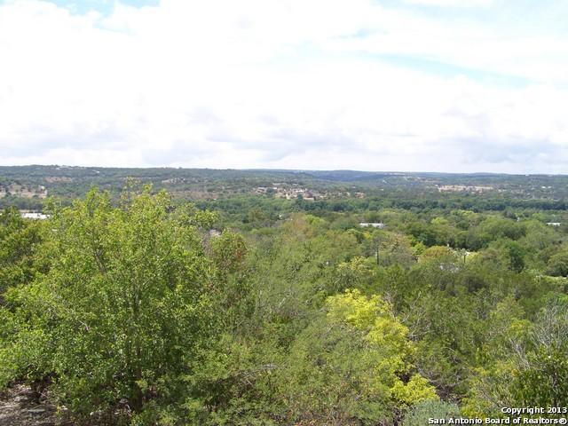 510 Woodland Rd, Ingram TX 78025