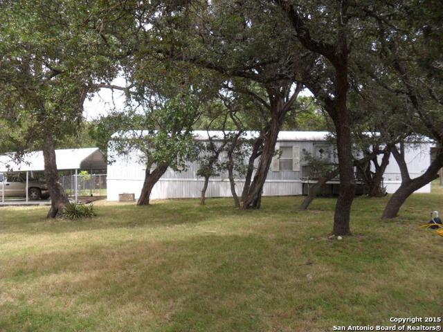 125 Cedar St, Pipe Creek, TX