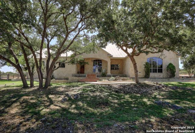 114 Greystone Cr, Boerne, TX
