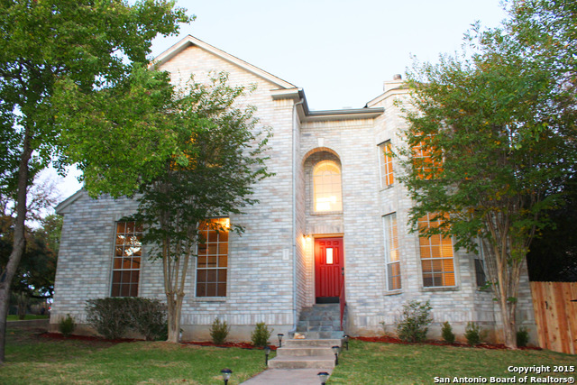 223 Willowbluff Dr, San Antonio, TX