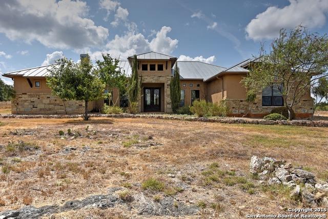 204 Greystone Cir, Boerne, TX