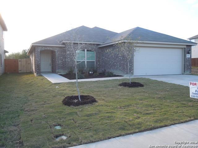 4096 Cherry Tree Dr, Schertz, TX