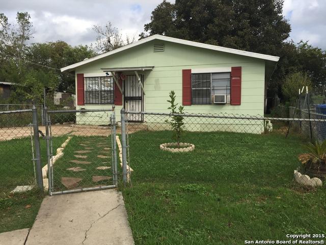 111 Menarby Ct, San Antonio TX 78207