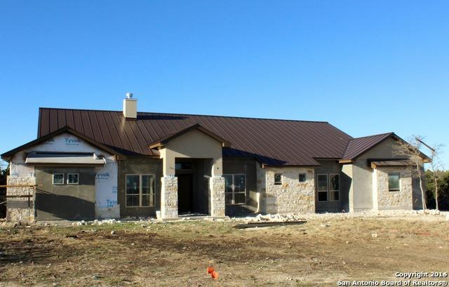 124 Grand Bluff Rdg, Kerrville, TX