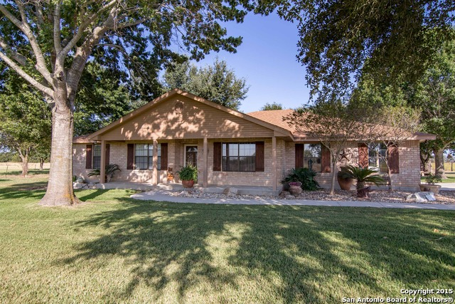 5448 Gin Rd, Marion, TX