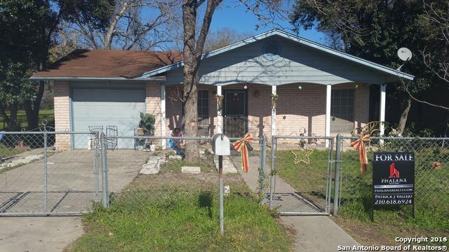 303 E Petaluma Blvd, San Antonio, TX