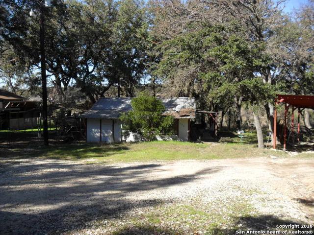 168 Turkey Dr, Pipe Creek, TX