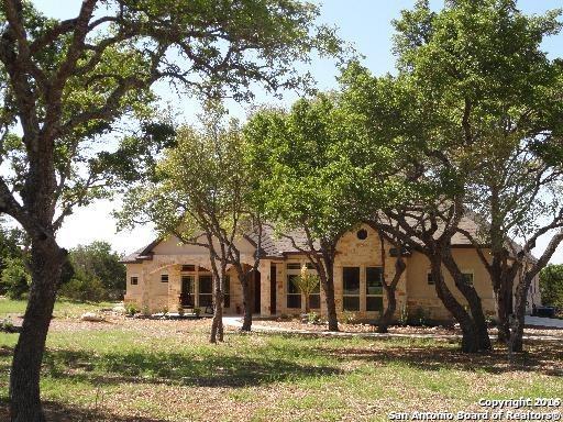 107 Hoskins Trl, Boerne, TX