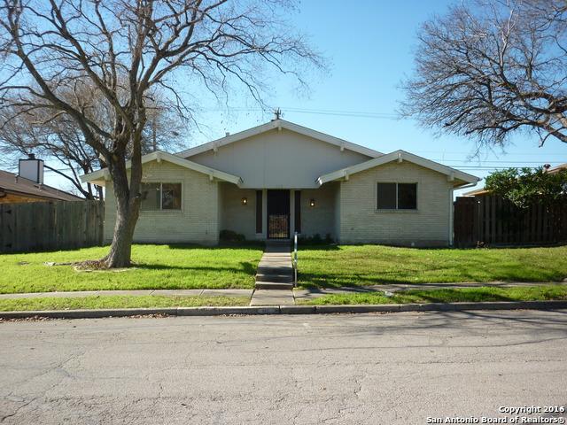 116 Amistad Blvd, Universal City, TX
