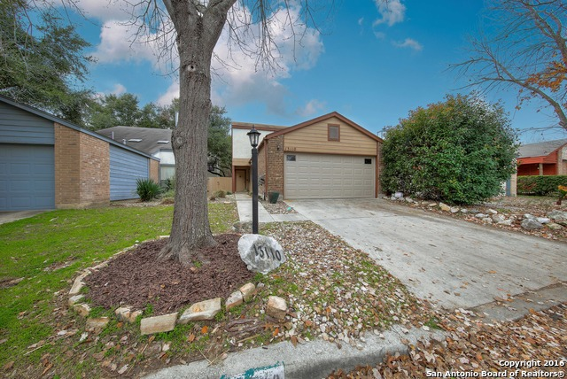 13110 Brook Garden Ln, San Antonio, TX