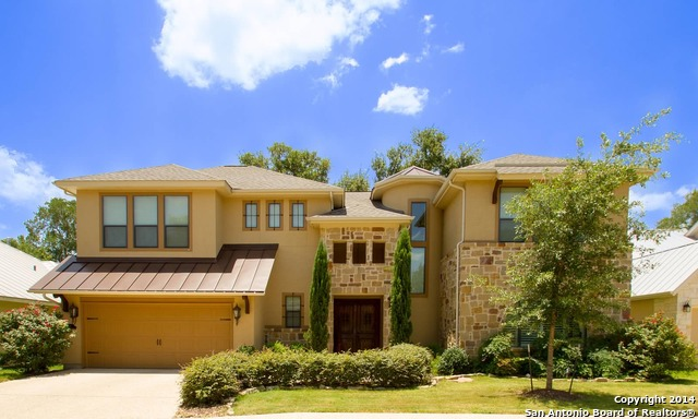16 W Oaks Ct, San Antonio, TX