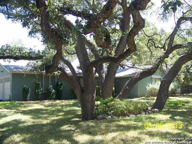 102 Yosemite Dr, San Antonio, TX