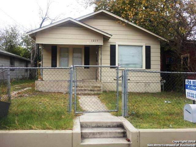 1317 NW 19th St, San Antonio TX 78207