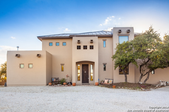 383 Leibold Ranch Rd, Pipe Creek, TX