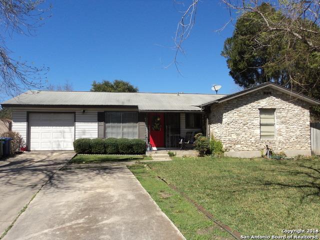 8327 Robin Hill Dr, San Antonio, TX