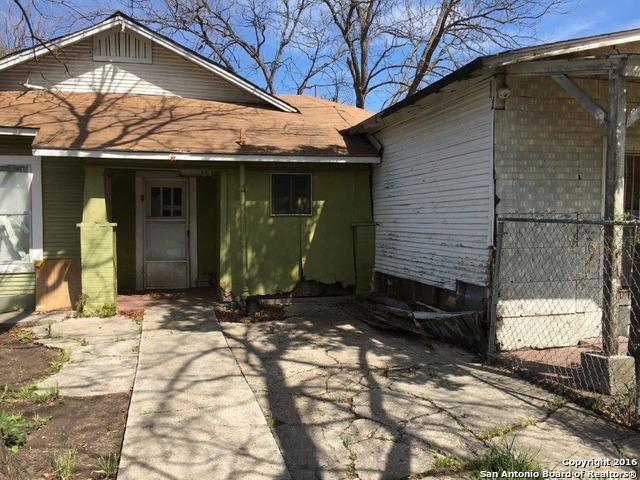 2601 Morales St, San Antonio TX 78207