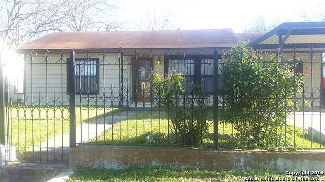 206 Las Palmas Dr, San Antonio TX 78237