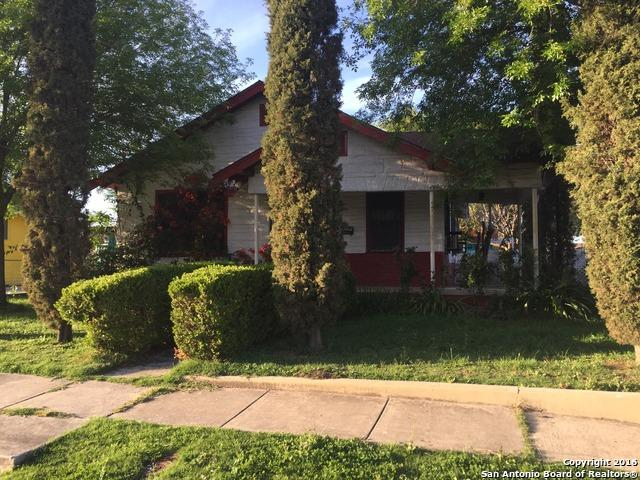 2703 W Travis St, San Antonio TX 78207