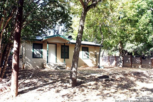 17 9 Howard Ln, Bandera TX 78003