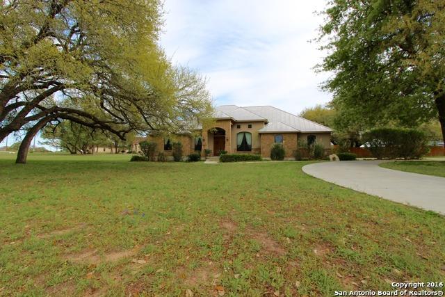 144 Vintage Ranch Cir La Vernia, TX 78121