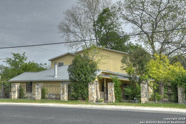 417 W San Antonio Ave, Boerne, TX