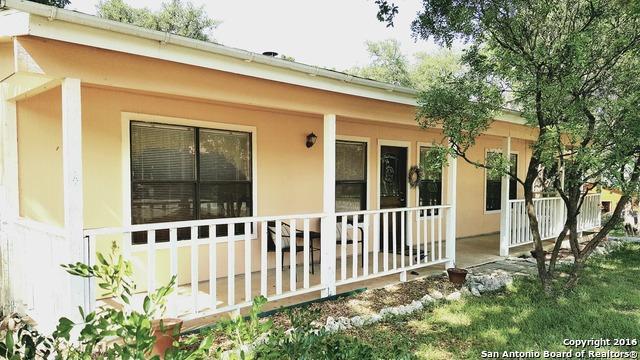 1011 Sherwood Dr Canyon Lake, TX 78133