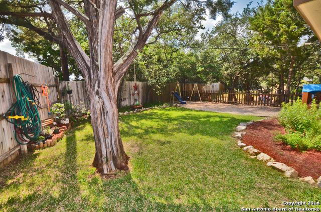 111 Riviera Dr, Canyon Lake TX 78133