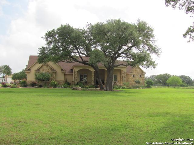 122 Eden Ranch Dr, Canyon Lake, TX