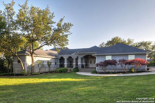 817 Shady Holw, New Braunfels, TX