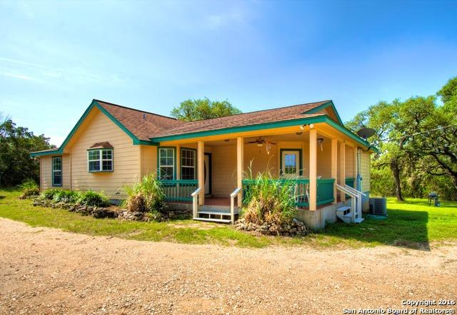 147 Paloma Dr, Canyon Lake, TX