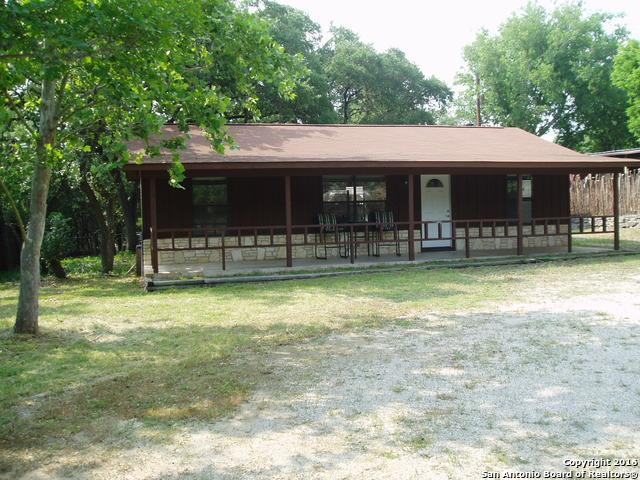 603 Creekside Dr Canyon Lake, TX 78133