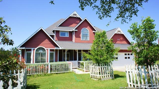 726 Vista Rdg, Canyon Lake, TX