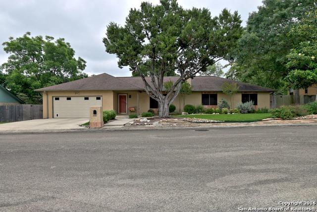 105 W Tanglewood Dr, New Braunfels TX 78130