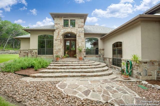 214 Shady Holw, New Braunfels, TX