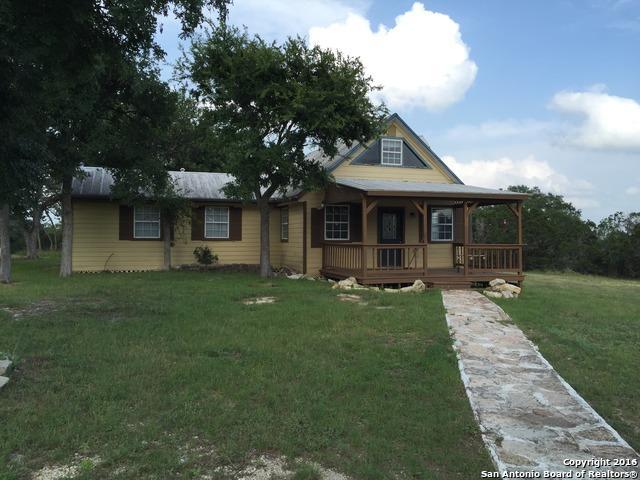 457 Eden Ranch Dr, Canyon Lake, TX