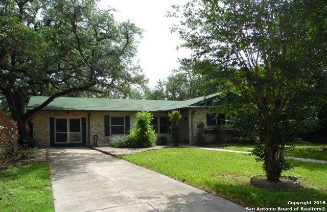 138 Rosewood Dr, Universal City, TX