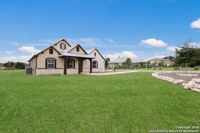 10314 Oak Forest Way New Braunfels, TX 78132